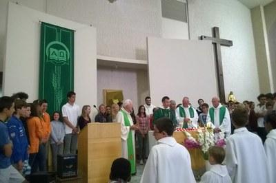 09a Préparation du Notre Père avec les jeunes.jpg